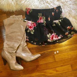 Floral skirt/shorts